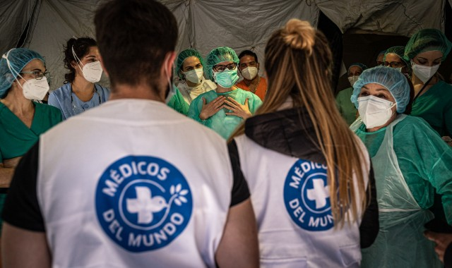 Cover The Costs for Volunteers to Work in Emergency Medical Camps