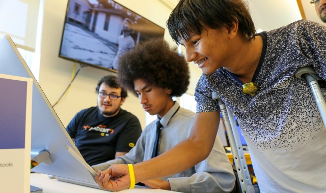 Fund Tech Workshops for Teenagers